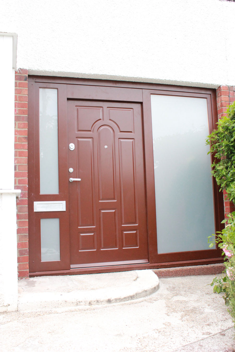 Front door One C24/PG