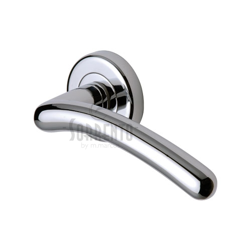 Door handle 40. Polished chrome, matt chrome