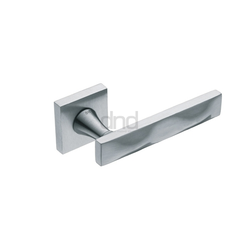 Door handle 54. Polished chrome, matt chrome