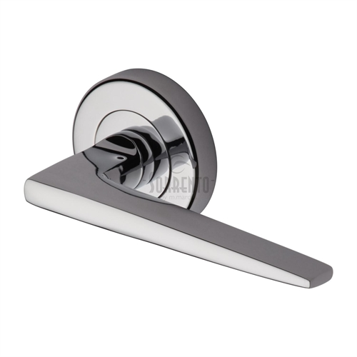 Door handle 61. Polished chrome, matt chrome