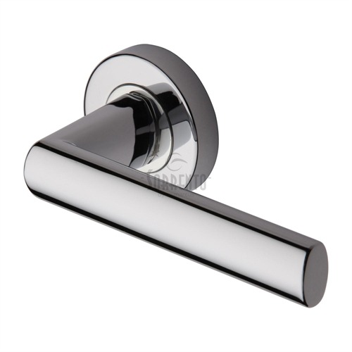 Door handle 62. Polished chrome, matt chrome